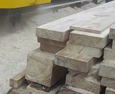 Lumber milled on Duo-550